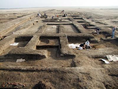 Hyksos battles site discovered by luxor times 3