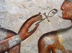 Sokoljan ramses ii among the gods detail hand louvre