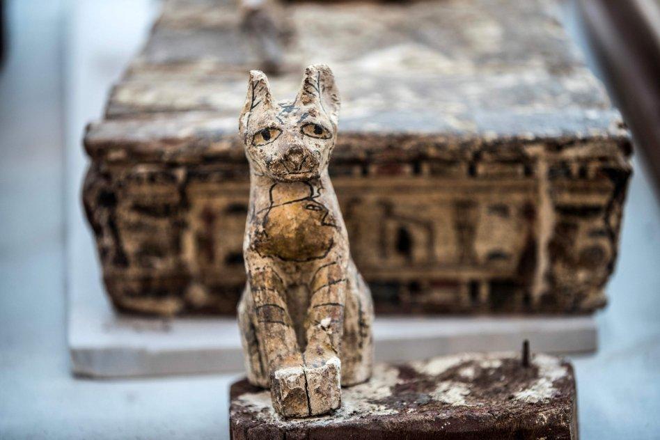 figurine en bois dédiée à Basted