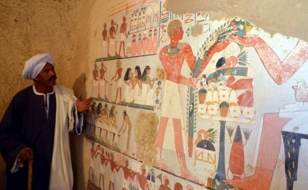 La fresque murale decouverte dans l'une des tombes kampp161