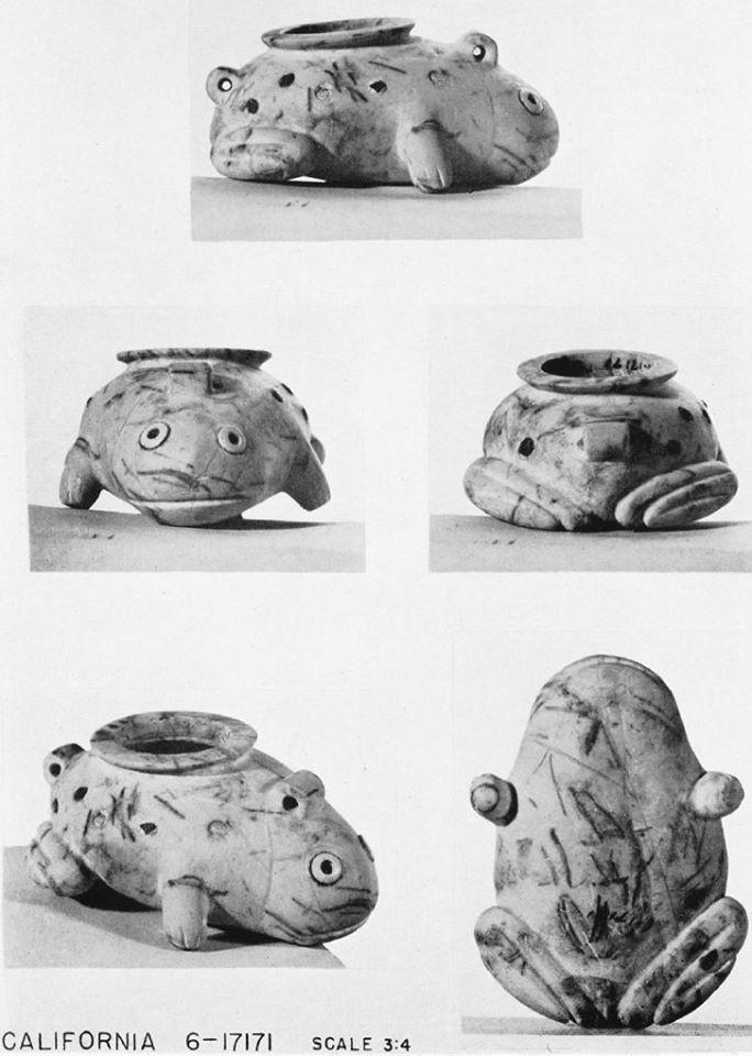 Naga ed der grave 7304 frog vase no 18
