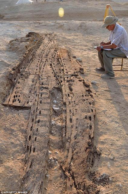 Egypt solar boat 02