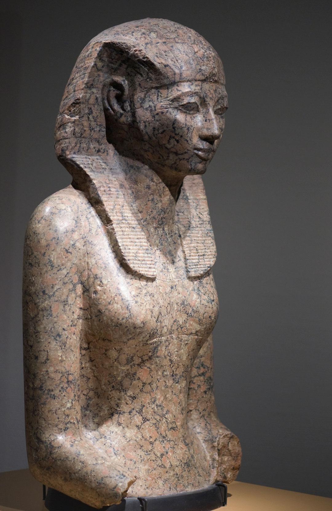 Hatchepsout statue femme rob koopman cc by sa 2 0