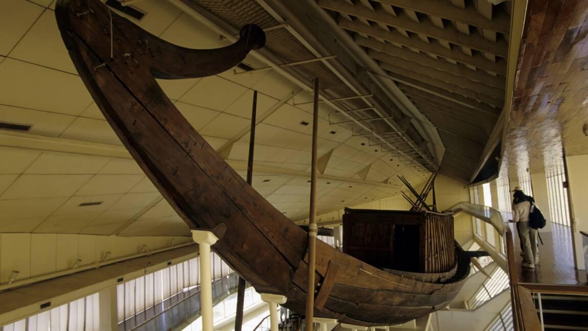 La barque solaire de kheops decouverte en 1954 getty images