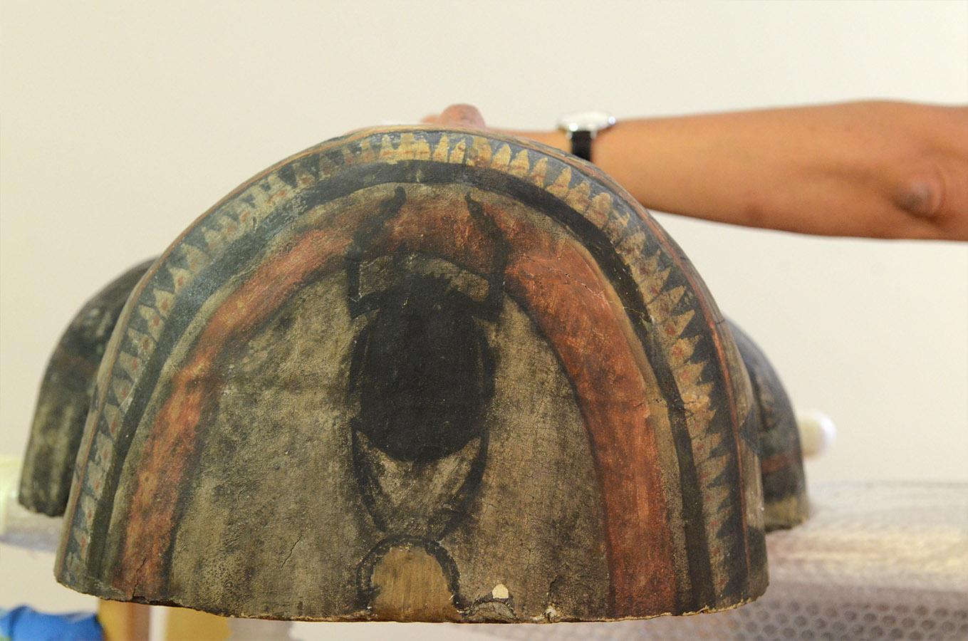 Restauration cercueil egyptien mbalyon 13